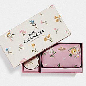 Coach Daisy Boxed Travel Set